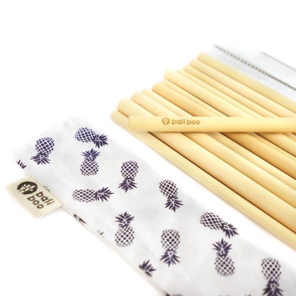 Paille réutilisable en bambou vrac Kit gros plan